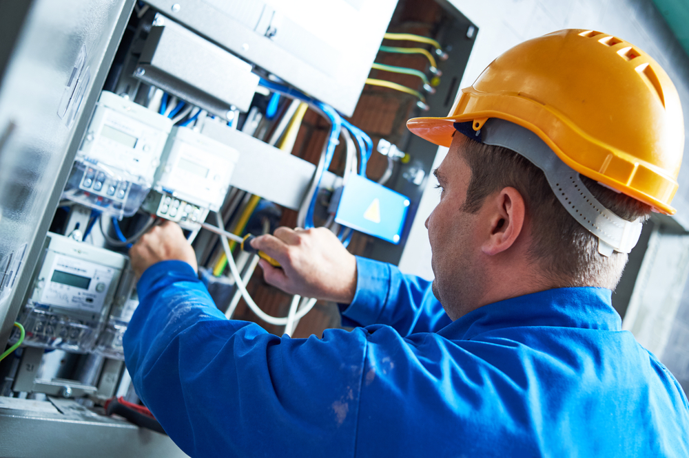 professional electrical maintenance